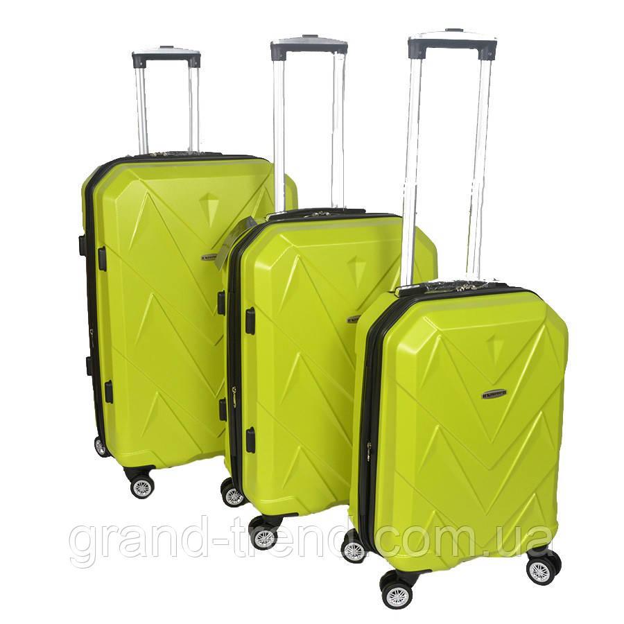 Комплект чемоданов из пластика Kaiman салатового окраса 3 шт - интернет  магазин GRAND-TREND в a9dd4c42d8a