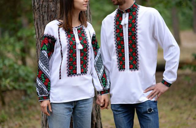 Пара вишиванок білого кольору з бощівським орнаментом ручної роботи, фото 1