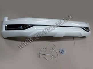 Накладка переднього бампера Modellista Toyota Land Cruiser 200
