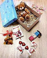Подарочный набор с гелем для душа и мягкой игрушкой