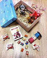 Подарочный набор с гелем для душа и брелком