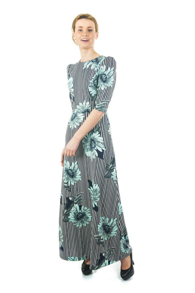 Платье трикотажное длинное в пол с ромашками П188