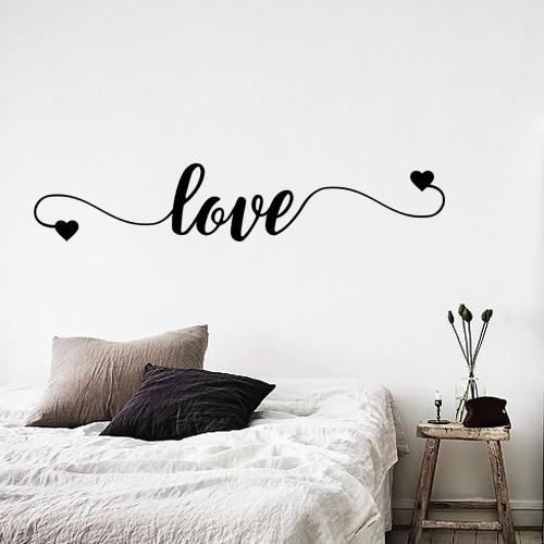 Интерьерная текстовая наклейка-надпись Love (виниловая самоклеющаяся пленка)