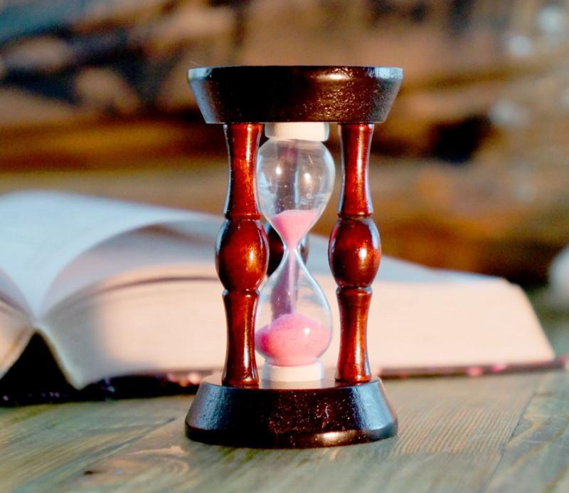 Часы песочные в деревянном корпусе 20 секунд