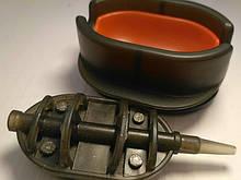 КОРОПОВА ГОДІВНИЦЯ МЕТОД Флэт100 грам + пластикова пресовалка з кнопкою.