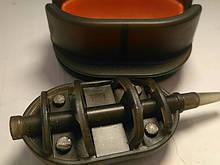 Коропова годівниця Метод Flat 40 грам + пресовалка пластикова з кнопкою
