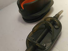 КОРОПОВА ГОДІВНИЦЯ МЕТОД ARC Flat 50 грам+ пластикова пресовалка з кнопкою.