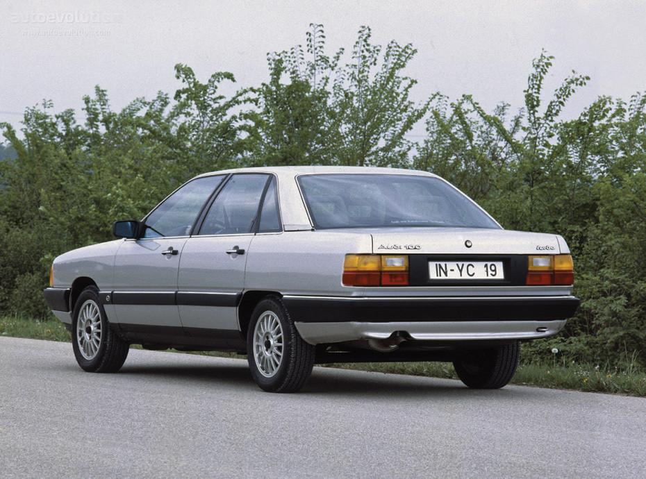 Заднее стекло (ляда) на Audi 100/200 (1982-1991), седан