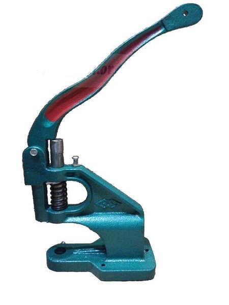 Ручной пресс для установки металлической фурнитуры на изделия