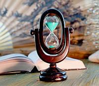 Песочные часы в деревянном корпусе 5 минут с зеленым песком