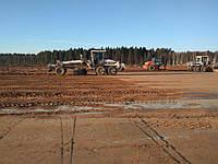 Планирование насыпного грунта до 20см (черновое планирование) и выравнивание территории