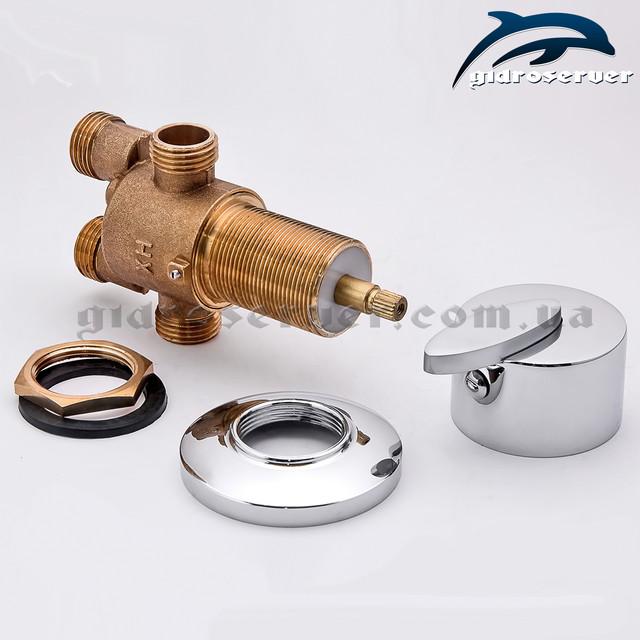 Врезной смеситель переключатель J - 7012 для гидромассажной ванны, джакузи вид изделия в разобранном варианте.
