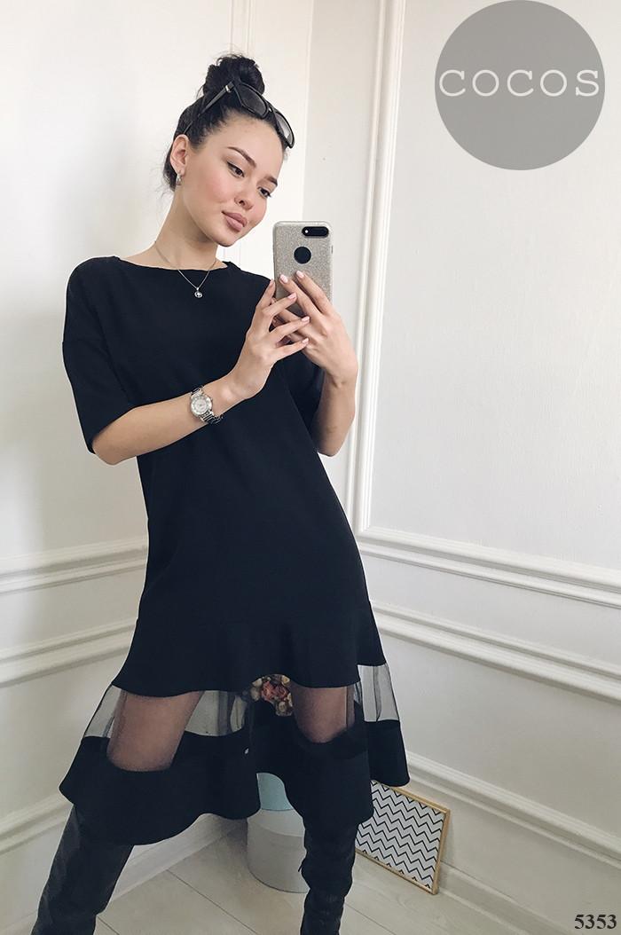 Стильное платье с фатином