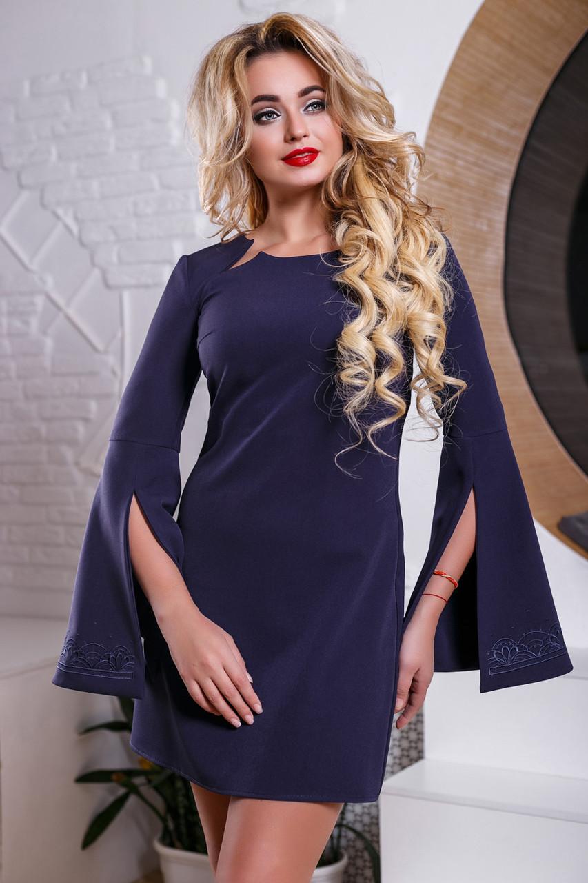 2c6a14c7b1b Модное платье трапеция с разрезами на рукавах и вышивкой 44-50 размера