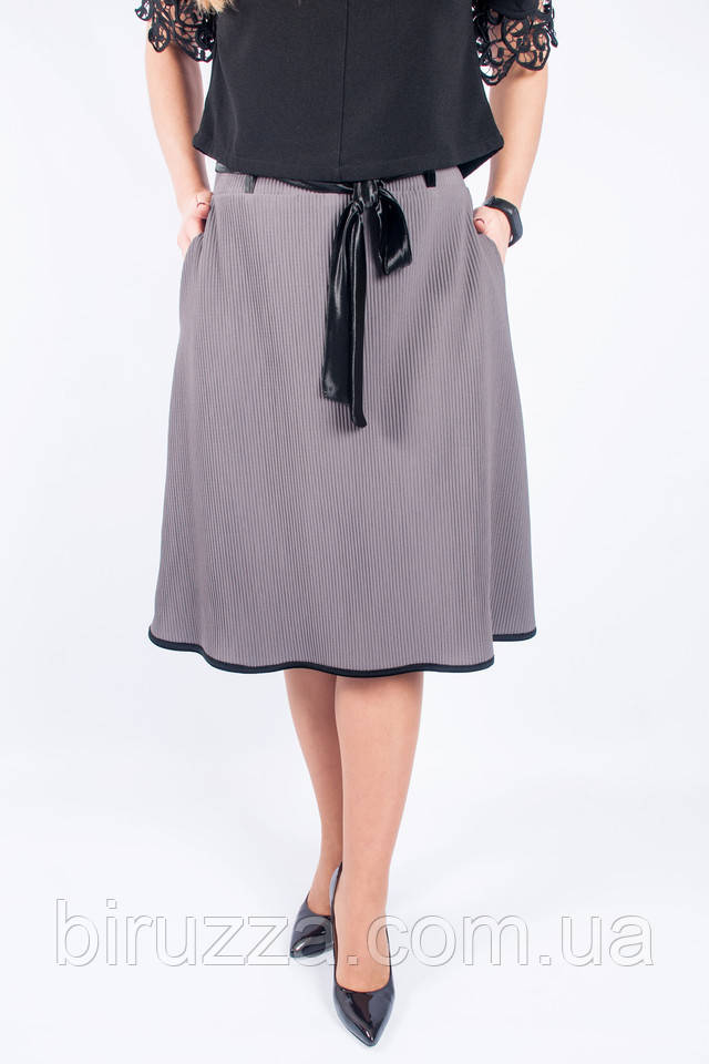 Женская юбка А-силуэта серого цвета