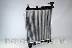 Радиатор охлаждения Гетс Getz 1.1/1.3/1.4/ (02-) МКПП Лузар 25310-1C200