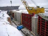 Бетонирование подпорных стен
