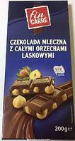 Шоколад молочный Fin care Czekolada mleczna z calymi orzechami 0.200 гр