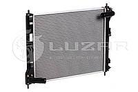 Радиатор охлаждения Nissan Juke (10-) 1.6T МКПП/АКПП (LRc 14161) Luzar