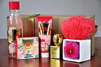 Подарок девушке, женщине Нежность цветов