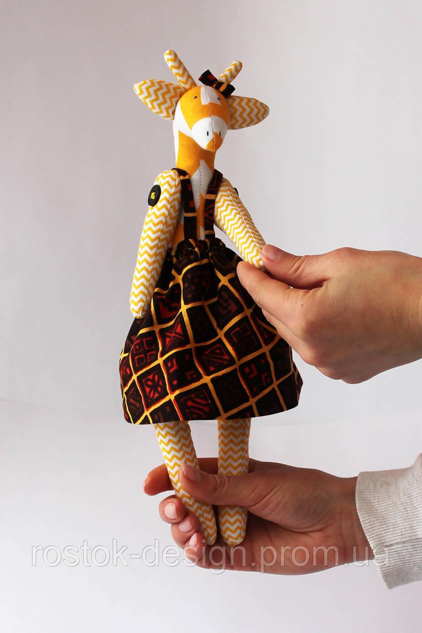 Жираф девочка в  сарафане