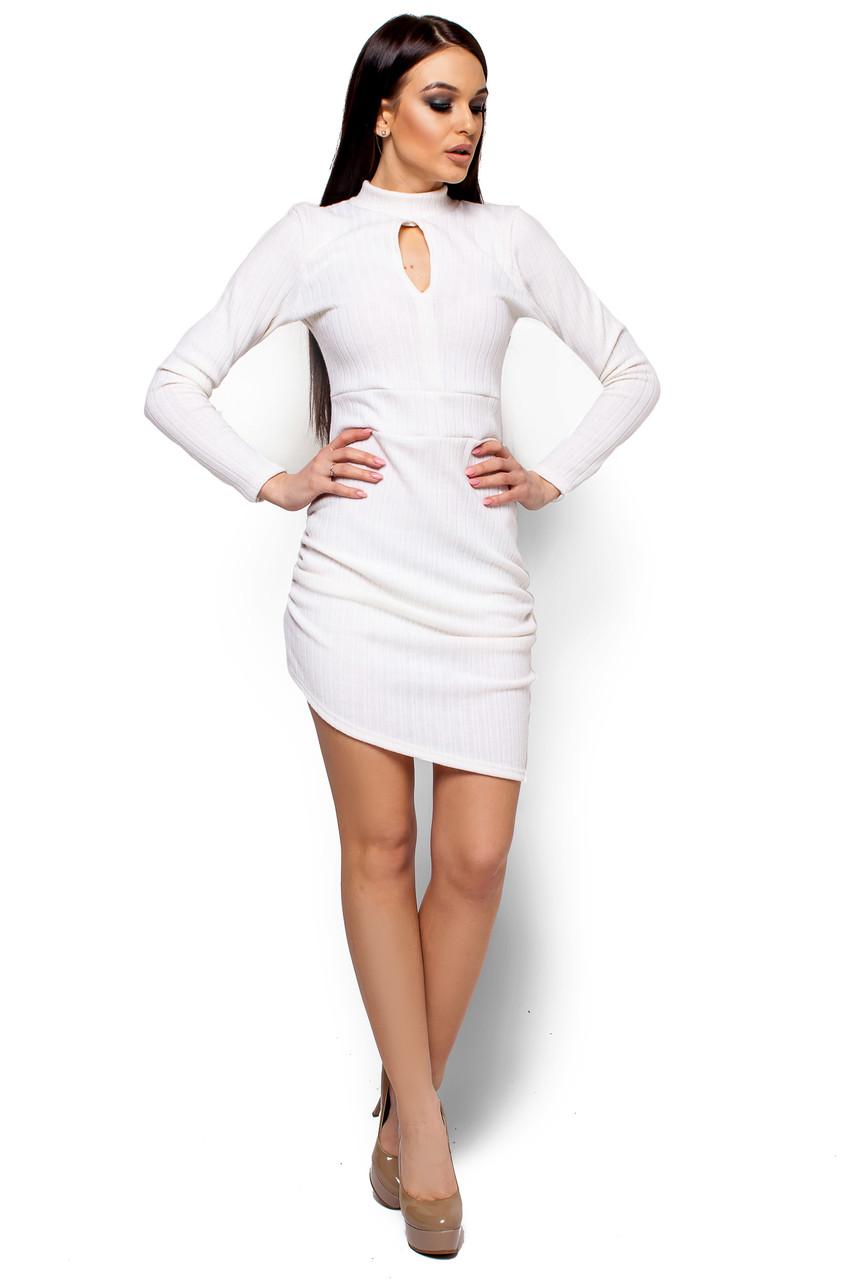 Короткое платье с асимметричным низом и длинным рукавом белое