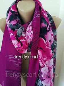 Женский шарф-палантин с цветами. Фиолетовый серый розовый черный. Батист. Бахрома. 185/80