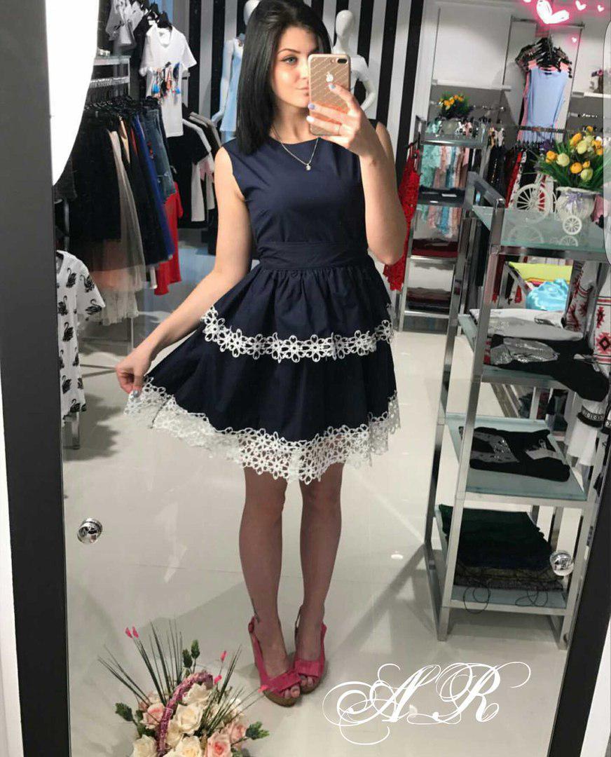 Платье двустороннее с бантом и двойным воланом