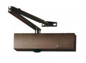 Доводчик дверной. GEZE TS 2000 EN 3/4/5. С локтевой тягой, цвет коричневый.