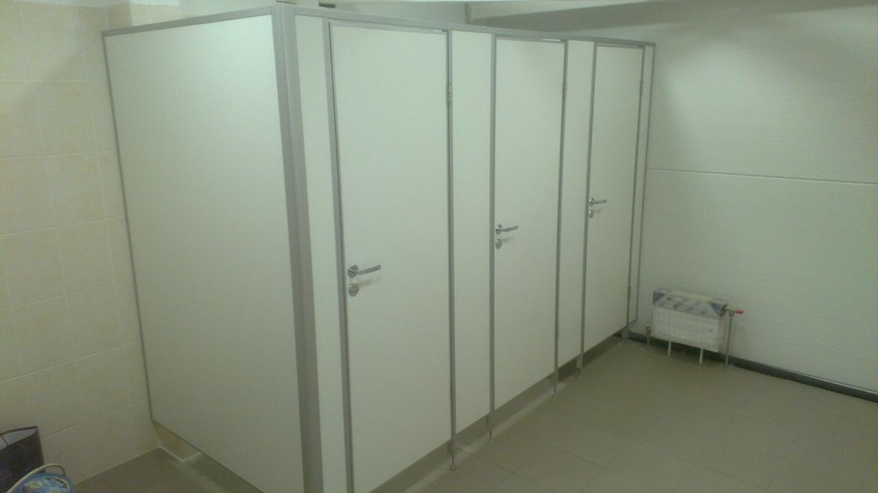 """Изготовление и установка туалетных перегородок """"Элит"""" 25мм"""