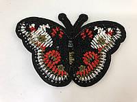 Бабочка черная с красным