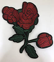 Роза темно-красная