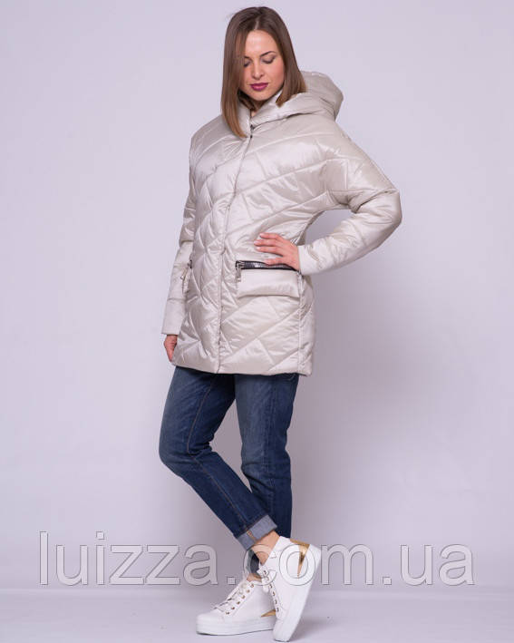 Женская стеганая куртка из атласа 44-56р беж 48