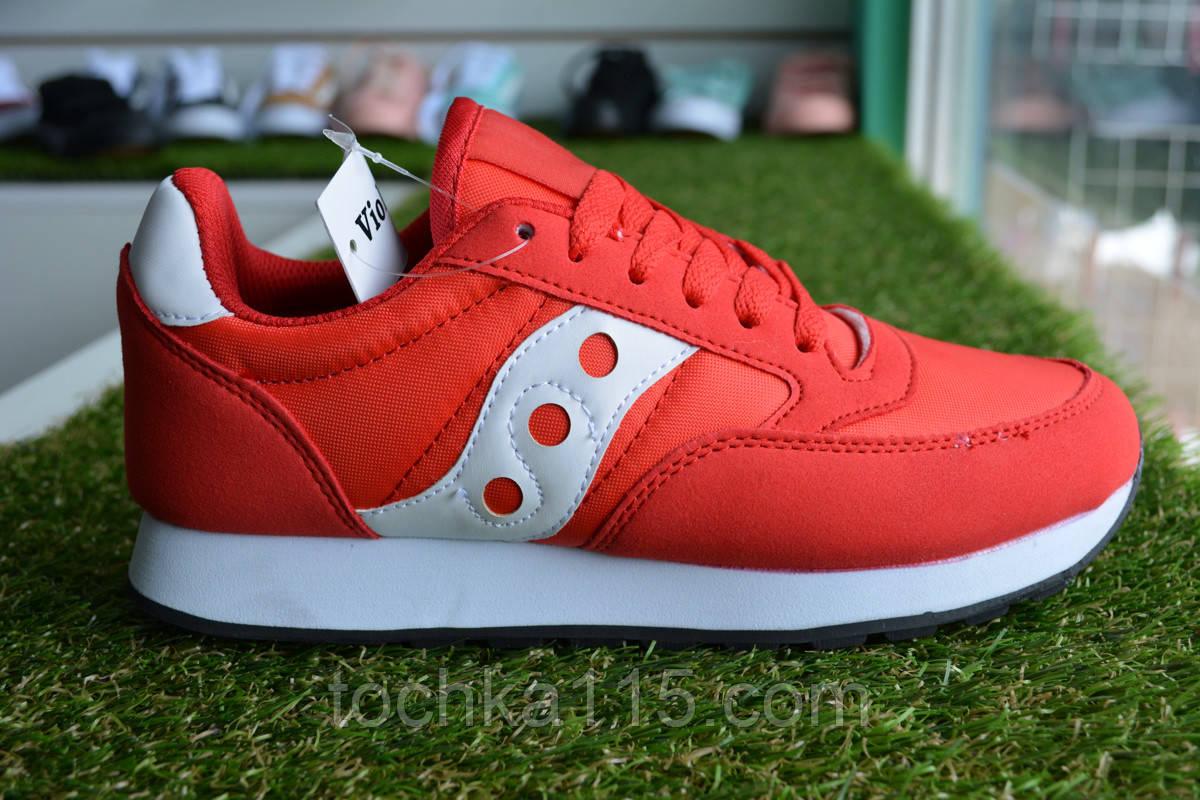 Женские кроссовки Saucony красные, копия