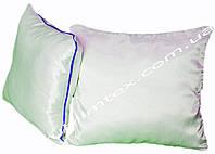 Подушка атласная,искусственный наполнитель, форма квадратная, размер 35х35см., Кант синий