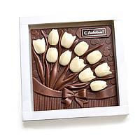 Сладкий композиция с шоколадных тюльпанов