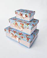 Прямоугольный подарочный комплект коробок ручной работы в нежно-бирюзовом тоне с розами