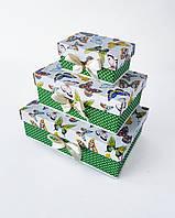 Прямоугольный подарочный комплект коробок ручной работы в бело-зелёном тоне с разными бабочками