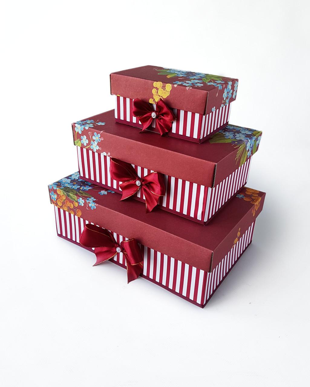 """Прямоугольный подарочный комплект коробок ручной работы в бордовом тоне с цветочным букетом - Интернет-магазин """"Box"""" в Ровненской области"""