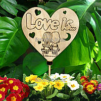 Декоративный топпер-вставка в букет без покраски: Love is...(дети)