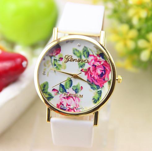 Часы женские Geneva Flower белые