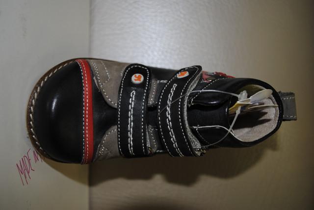 Бренд дитячого взуття Доктор Мімі був заснований в Туреччині. Головна  особливість цього взуття полягає в тому 15f5c1715e955