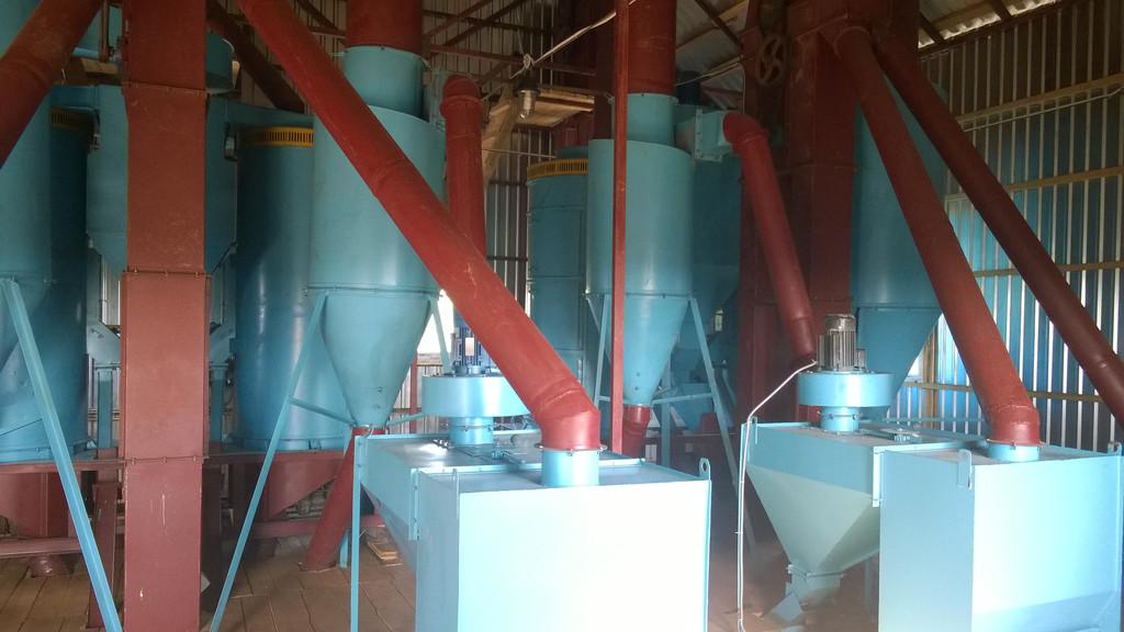 Строительство зерноочистительного комплекса ЗАВ-100 с установкой сепаратора БЦС-100 и комплекса дополнительной очистки. Одесская обл.... 2