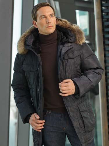 Зимние мужские куртки и пуховики