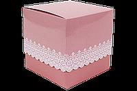 Упаковочная коробочка из картона с крышкой розовая ажурная