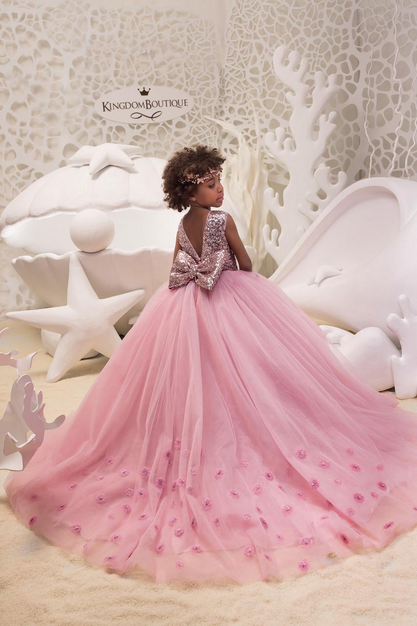 Эксклюзивное детское вечернее длинное платье розового цвета.