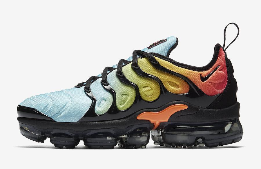 """Кроссовки Nike Air Vapormax Plus """"Multicolor"""""""