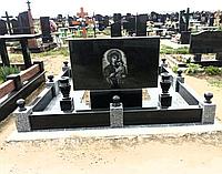 Памятник мемореальный
