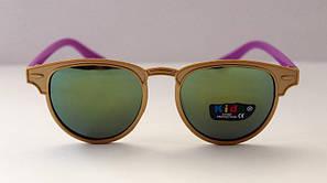 Детские солнцезащитные очки с красивой оправой