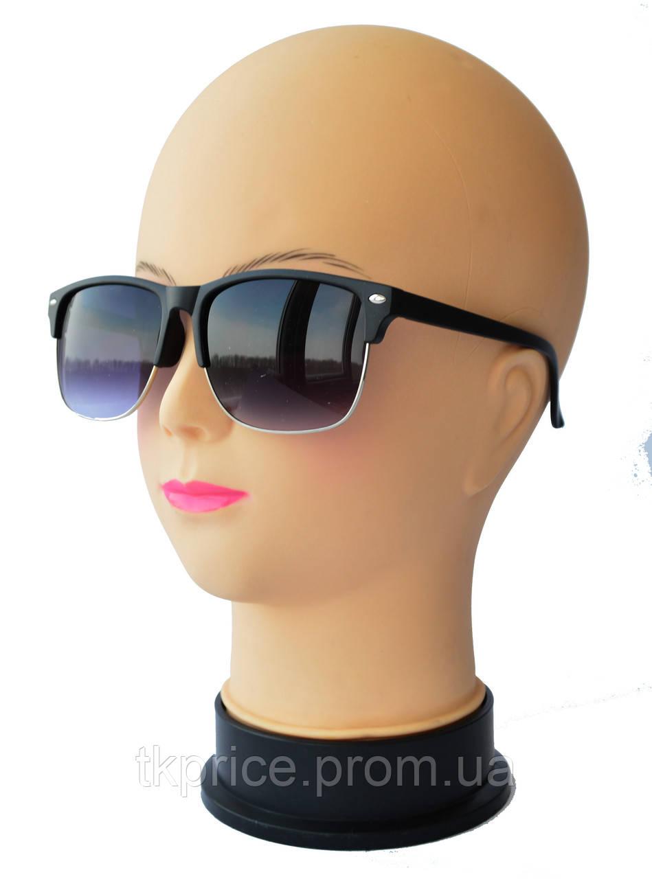Женские солнцезащитные очки  вайфареры матовые